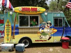 Kona Dog - Hawaii food truck. sayyy what! I've become a fan of food trucks so I need to try this one out!