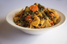 Mediterranean Chicken Farfalle | Full Plate Living – HEALTHY!