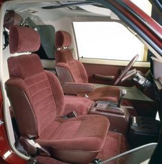 4x4 Camper Van, Toyota Van, Toyota Canada, Ae86, Retro Cars, Campervan, Cars And Motorcycles, Car Seats, Vans