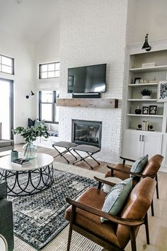 40 Cozy Modern Farmhouse Apartment Living Room Decorating Ideas 40 Cozy Modern Farmhouse Apartment Living Room Decorating Ideas liz lina joy Home Decor 53 Comfy Modern Farmhouse Apartment Living Room nbsp hellip Design Living Room, Home Living Room, Apartment Living, Living Spaces, Apartment Ideas, Carpet In Living Room, Natural Living Rooms, Living Room Without Fireplace, Living Room Brick Wall