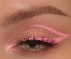 Cute Makeup Looks, Makeup Eye Looks, Eye Makeup Art, Skin Makeup, Makeup Inspo, Eyeshadow Makeup, Pink Eyeliner, Makeup Set, Pretty Makeup