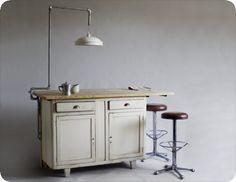 Kitchen Island by manoteca.com