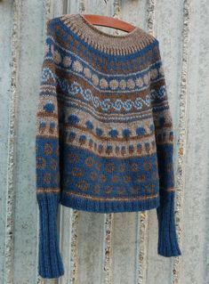 dk - Få din egen hjemmeside, prøv gratis i 30 dage Baby Sweater Knitting Pattern, Fair Isle Knitting Patterns, Knitting Designs, Knit Patterns, Motif Fair Isle, Fair Isle Pattern, Norwegian Knitting, Crochet Fashion, Knit Crochet