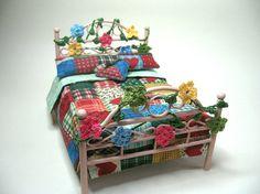 Country patchwork bed Dollhouses Miniature by ArtislunaMiniaturas, €40.00