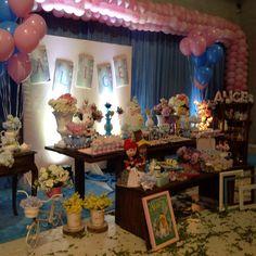O encanto da Alice no pais das maravilha