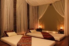 Traditinal Thai Massage Room for Couples (Fern Room) - Picture of ...