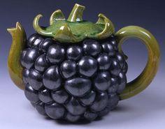 Kate Malone black berry teapot I love this teapot because of the simplistic design that shows the versatile properties of ceramics. Ceramic Teapots, Porcelain Ceramics, Ceramic Pottery, Ceramic Art, China Porcelain, Art Bizarre, Cute Teapot, Teapots And Cups, Pot Sets