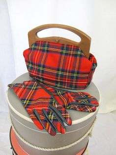 1950s  Red Tartan Plaid Bermuda Purse and Matching.  This set is almost too fabulous for words!
