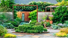 Design with edibles | Is your yard or garden small on space? Get big ideas for making the most out of your outdoor sanctuary