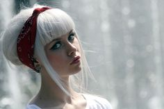 white hair and cute bangs.