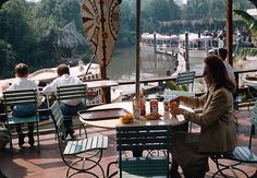 Jungle Cruise view from the dining area!!!! I still can't imagine how amazing it would be to walk into Adventureland or exit Jungle Cruise and hear the sounds of the entertainment. Tahitian Terrace, Adventureland, Disneyland, USA. 1962-1993. RIP.