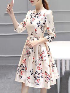 The Everyday Style: Round Neck Inverted Pleat Printed Skater Dress Simple Dresses, Elegant Dresses, Cute Dresses, Casual Dresses, Short Dresses, Girls Dresses, Prom Dresses, Modest Fashion, Women's Fashion Dresses
