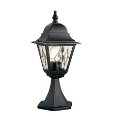 NR3 Norfolk Pedestal Leaded Lantern in Black Unique Styling and Exceptional Value. Outdoor IP43 Rated Ealch Lantern Panel features 5 separate pieces of glass, hand welded together. Backed by 5 years anti-corrosion guarantee. Corner Bracket C-BKT5 is available for wall models 1 x 100w E27 GLS Lamp not included Height 48.8cm Width 18.4cm