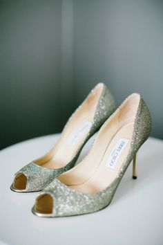 Metallic shoes: http://www.stylemepretty.com/illinois-weddings/chicago/2015/04/23/elegant-downtown-chicago-wedding/ | Photography: Jacqui Cole - http://www.jacquicole.com/