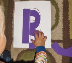 letter puzzles - great for kiddos who are need hands on help with learning letters! Preschool Learning Activities, Alphabet Activities, Preschool Kindergarten, Teaching Ideas, Teaching The Alphabet, Learning Letters, Learning Time, Kids Learning, Kids Education