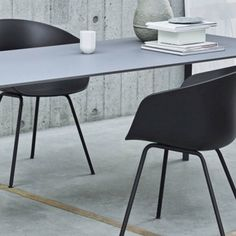 Hay - About a Chair - AAC26 eetkamerstoel - Zwart onderstel Hay Chair, Office Ideas, A Table, Home Office, Desk, Furniture, Black, Home Decor, Lounge Chairs