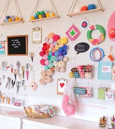 Be creative with pegboard storage diy ideas швейный уголок, Pegboard Craft Room, Pegboard Storage, Craft Room Storage, Craft Organization, Kitchen Pegboard, Craft Rooms, Organizing, New Crafts, Crafts For Teens