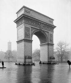 Washington Square Park - 1900