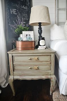 mossy green end table makeover