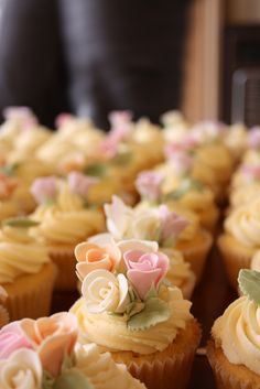 Vintage rose wedding cupcakes | Flickr - Photo Sharing!