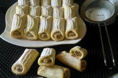 Mini bačkůrky s oříškovou náplní   NejRecept.cz Sausage, French Toast, Meat, Breakfast, Food, Sausages, Hoods, Meals, Hot Dog
