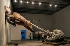 Bull Fart Sculpture by Chen Wenling 25 Of The Most Creative Sculptures And Statues From Around The World Illusion Kunst, Street Art, Wall Street, Instalation Art, Art Chinois, Fantasy Kunst, Wow Art, Art Plastique, Oeuvre D'art