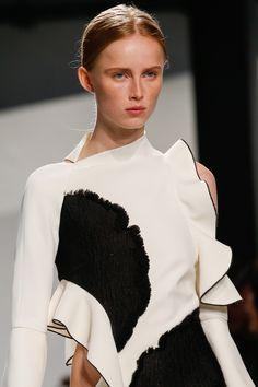 Proenza Schouler Spring 2016 Ready-to-Wear Fashion Show Details