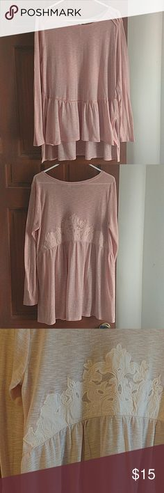 Lauren Conrad oversized sweater tunic💟 Beautiful flattering tunic! Is a light weight sweater material in a wonderful blush color. Never worn so excellent condition! Has pretty embroidery on the back , see photos. Offers warmly received. Make one today!💥 Lauren Conrad Tops Tunics