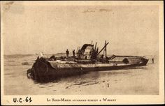 Photo Postcard Deutsches U Boot, UC 61, Angeschwemmtes Wrack in Wissant