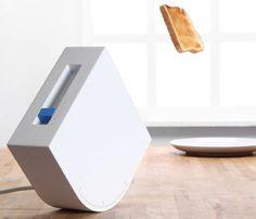 お皿を置く位置を極めたい。◆焼けたらパンを飛ばす投石型トースターがおもしろい。朝食が楽しくなる海外のキッチン雑貨。 : インテリア雑貨の伊勢海老太郎ブログ (A Toaster That Will Catapult Your Toast Into Your Plate) http://iseebitarou.ldblog.jp/archives/21855184.html
