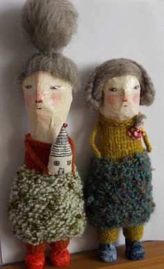 """dolls by Melodie Stacey (Maidolls) - """"Ethel and Grace"""" Fabric Dolls, Paper Dolls, Art Dolls, Marionette, Paper Mache Crafts, Hobbies For Women, Hobby Horse, Toy Art, Unusual Art"""