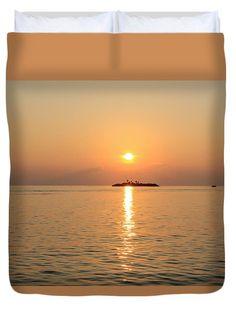 Amazing Maldives Sunrise Duvet Cover by Yana Reint #YanaReintFineArtPhotography #FineArt #Pillow #DuvetCover #Homedecor #Artforhome #Maldives #ocean #Island #Sunrise #sunset