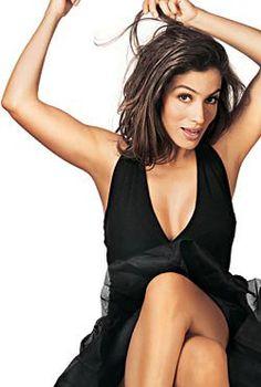 Renata Vasconcellos pelada? Veja as melhores fotos sensuais a jornalista e apresentadora.