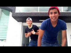 ▶ Alexis ft carlos- un poquito de todo. - YouTube.... aiiiii NO PORQUE ENAMORAAN O.O hahahaha <3