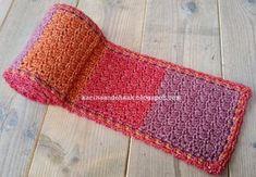 Karin aan de haak: Shawl made of Scheepjes Stone Washed XL Crochet Shawls And Wraps, Crochet Scarves, Free Crochet, Knit Crochet, Crochet World, Trends, Yarn Crafts, Arm Warmers, Lana