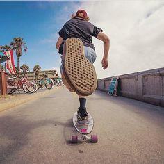 "Gefällt 3,526 Mal, 24 Kommentare - Fvnky Magazine (@fvnkymag) auf Instagram: ""Push it #fvnkymag #goprosession #surfphotography #surfculture #sk8 #skatephotoaday #skateallday…"""