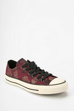Converse Chuck Taylor All Star Winter Floral Women's Low-Top Sneaker
