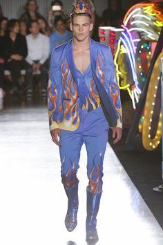 Moschino Spring 2018 Menswear Collection Photos - Vogue