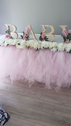 Made this for my daughter's baby shower. 2019 Made this for my daughter's baby shower. The post Made this for my daughter's baby shower. 2019 appeared first on Baby Shower Diy. Idee Baby Shower, Baby Girl Shower Themes, Girl Baby Shower Decorations, Baby Shower Princess, Floral Baby Shower, Baby Shower Parties, Ballerina Baby Showers, Babyshower Themes For Girls, Baby Shower Girl Centerpieces
