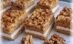 Medovo-ořechové řezy – nebíčko v tlamičce – magnilo Cupcake Recipes, Cookie Recipes, Snack Recipes, Snacks, Easy Smoothie Recipes, Easy Smoothies, Gateaux Cake, Pecan Recipes, Pumpkin Spice Cupcakes