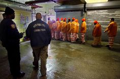.The U.S. Has The World's Largest Prison Population The United States has the world's largest prison population by far -- largely fed by the war on drugs -- at 500 per 100,000 people.