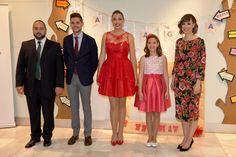 Acomiadant l'any de Marta i Maragda, Falleres majors de 2017.  http://www.josemanuelprieto.es