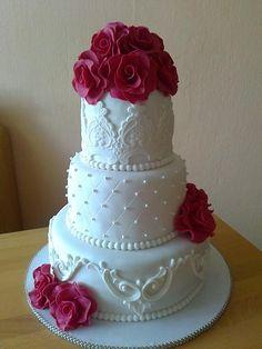svadobná cyklamenová , svadobné torty | Tortyodmamy.sk