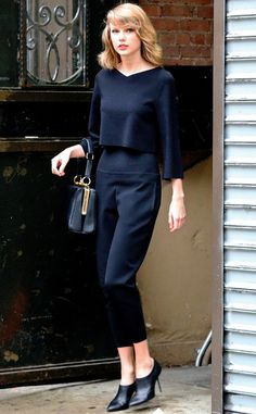 Taylor Swift looks super chic in all-black.