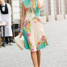 FREE Spring/Summer Dress Pattern