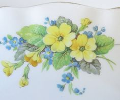 Vintage Roslyn China Cake Plate Primroses and by TheWhistlingMan, £10.00
