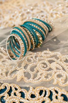Bridal Jewelry http://maharaniweddings.com/gallery/photo/20873 @bigkphoto #IndianJewelry