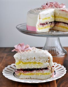 Raspberry Lemon Layer Cake. Make 2 round white cakes. Cut each round cake in half. Fill between layers with alternating cook-and-serve Lemon Curd and Canned Raspberry Cake Filling. Top with buttercream (or any other desired frosting)