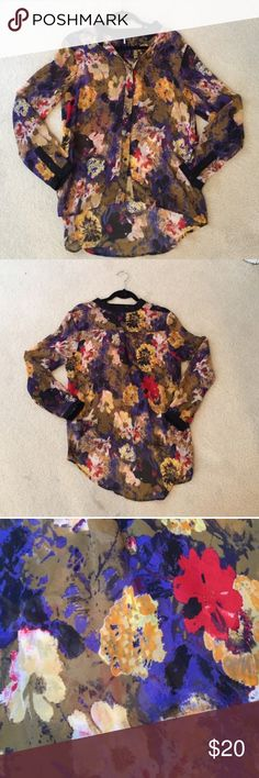 """Urban Outfitters Floral Blouse Beautiful urban Outfitters """"sparkle and fade"""" floral blouse! Worn once and in excellent condition! Urban Outfitters Tops Blouses"""