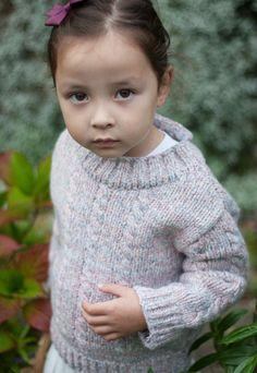 chunky knit, girls jumper, kids clothes, kids knitwear, streetstyle, kids style, handknitted jumper, childrenswear
